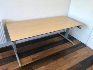 elektrische bureautafel www.kmarnhem.nl